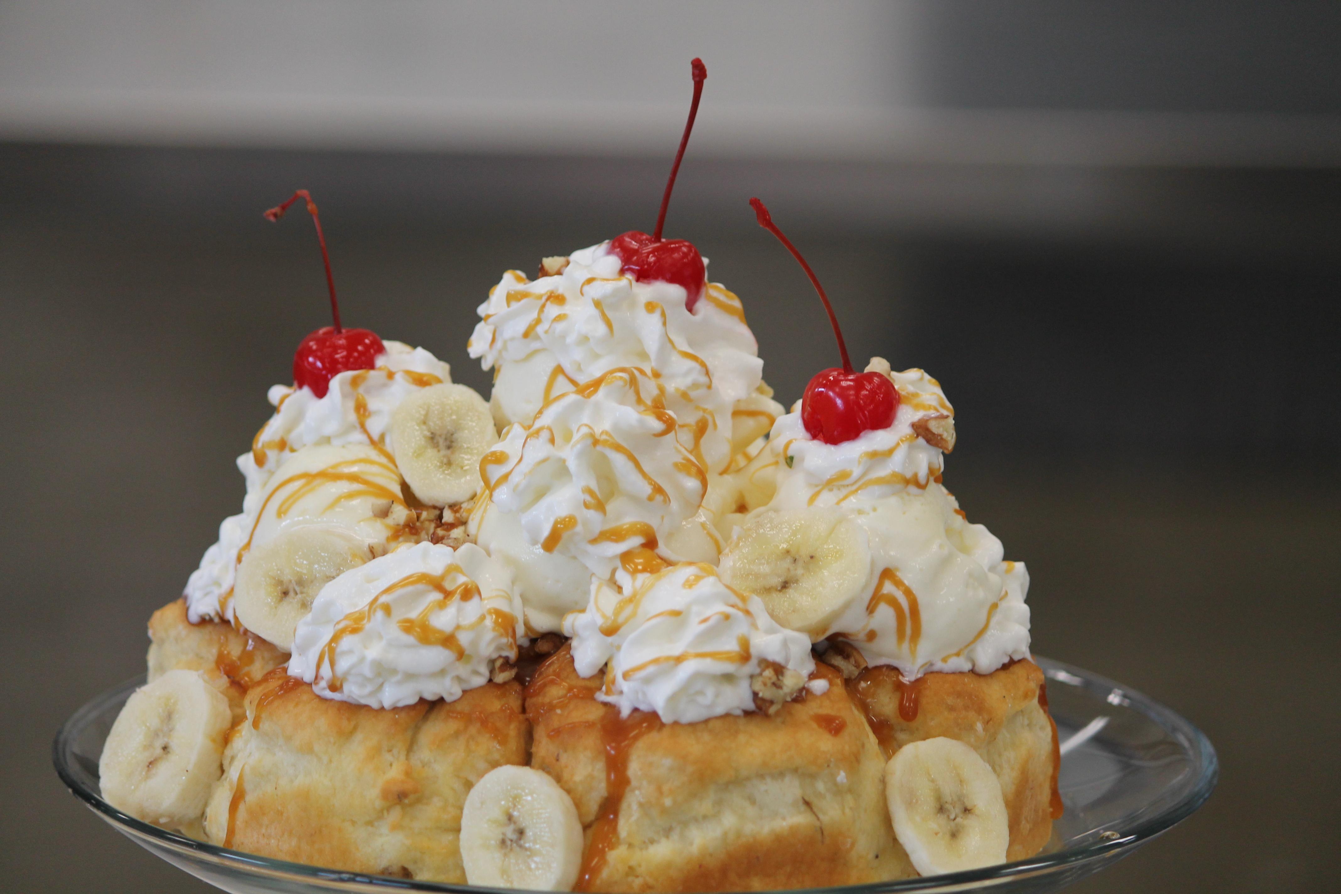 bananas-foster-sundae-2.jpg